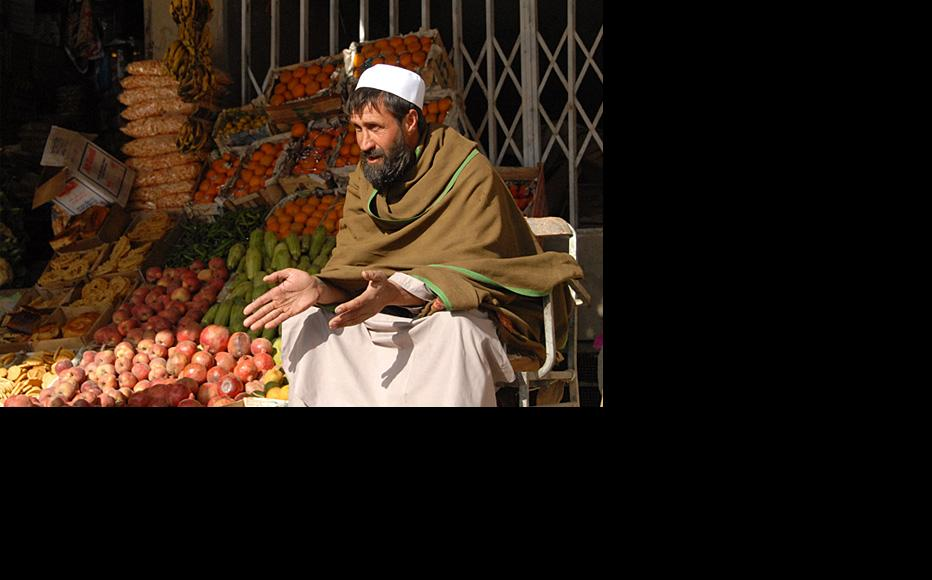 An Afghan grocer. (Photo: Aramis Ramirez/Isafmedia/Flickr)