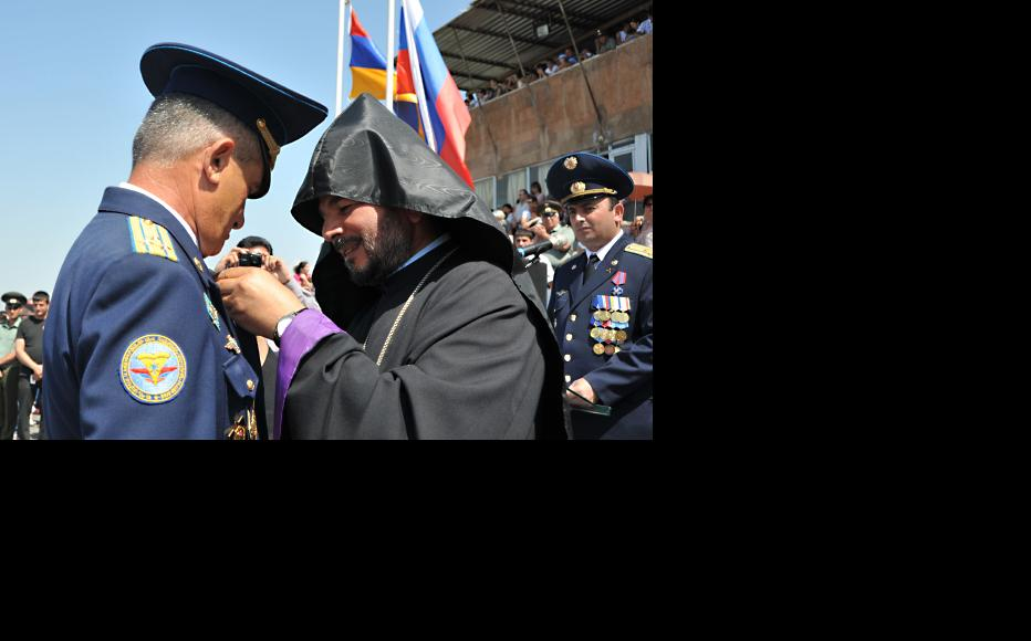 Russian-Armenian joint air forces ceremony at the Erebuni military airport, Yerevan. (Photo: Photolure Agency)