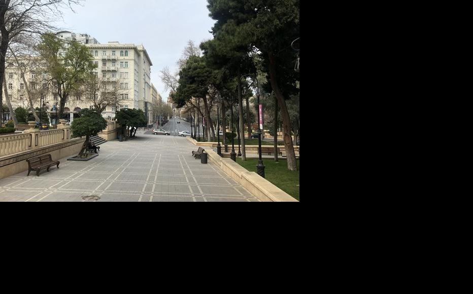 An empty park in Baku. (Photo: Parvana Gurbanli)