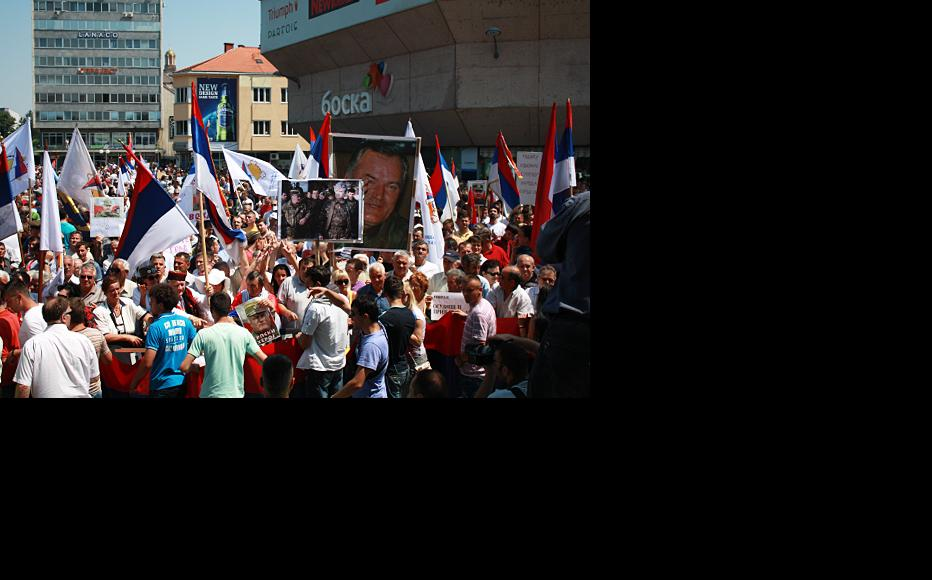 Rally in Banja Luka in May 2011 to protest against the arrest of General Mladic. (Photo: RFE/RL)