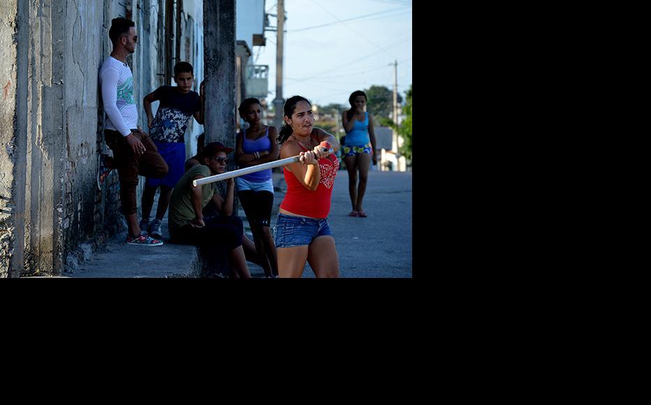 Playing baseball in Villa Clara, Cuba. (Photo: Yariel Valdes)