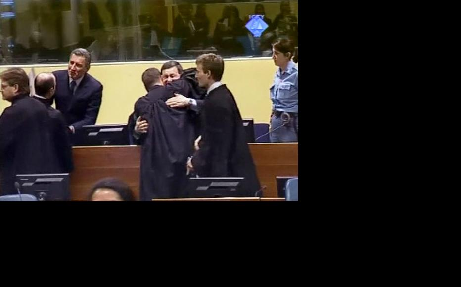 Ante Gotovina and Mladen Markac after the verdict acquitting them was read out at the Hague tribunal. (Photo: ICTY)