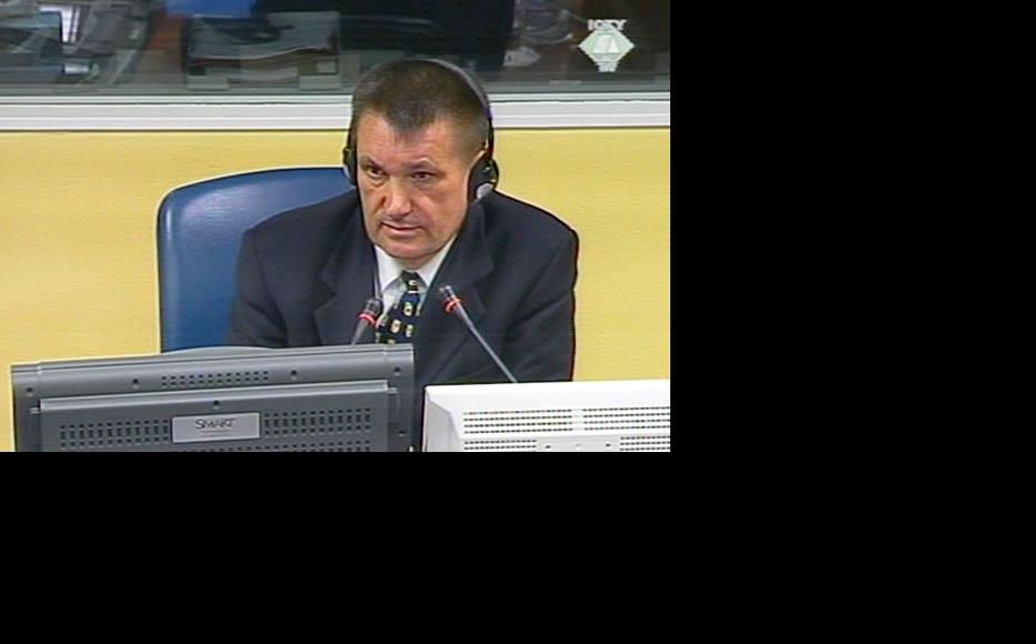 Prosecution witness Mladen Loncar in the ICTY courtroom. (Photo: ICTY)