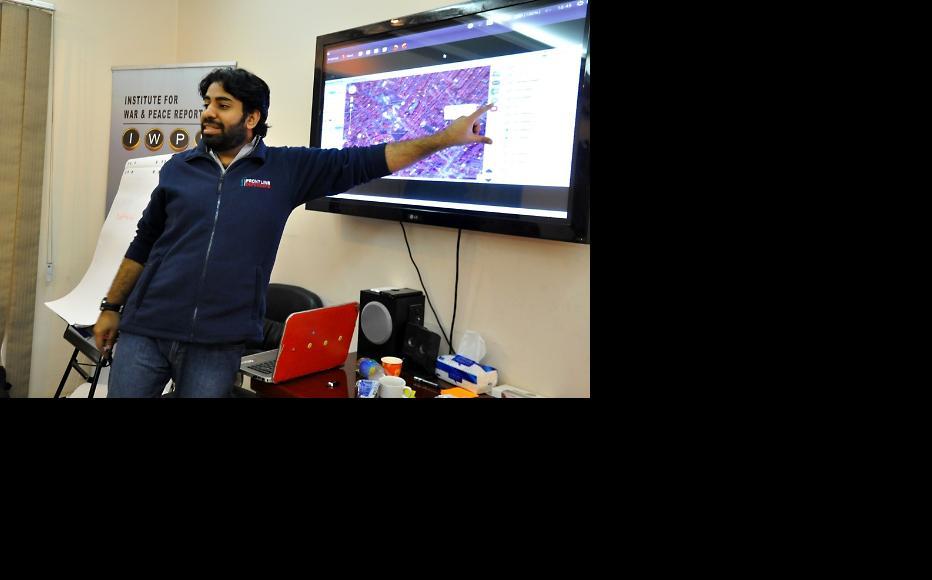 Workshops focused on learning new social media skills. (Photo: IWPR Iraq)