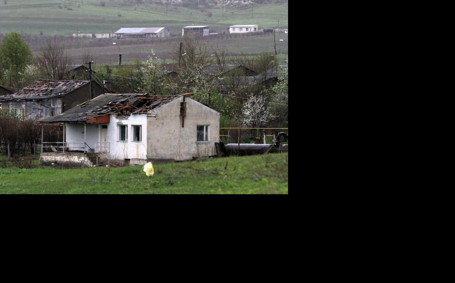 The town of Martakert after intense shelling from Azerbaijani forces. (Photo: Photolure Agency)