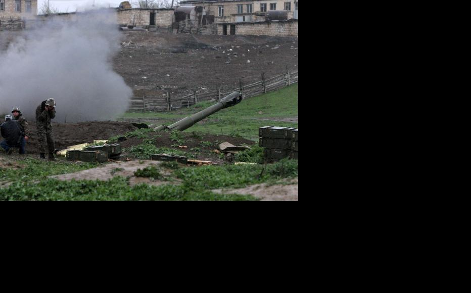 The third day of heavy fighting between the armies of Nagorny Karabakh and Azerbaijan. (Photo: Photolure Agency)