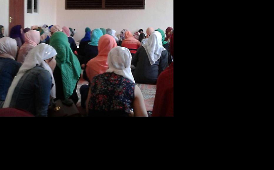 Women gather for the lecture on religious issues. (Photo: Almazkan Akmatova)