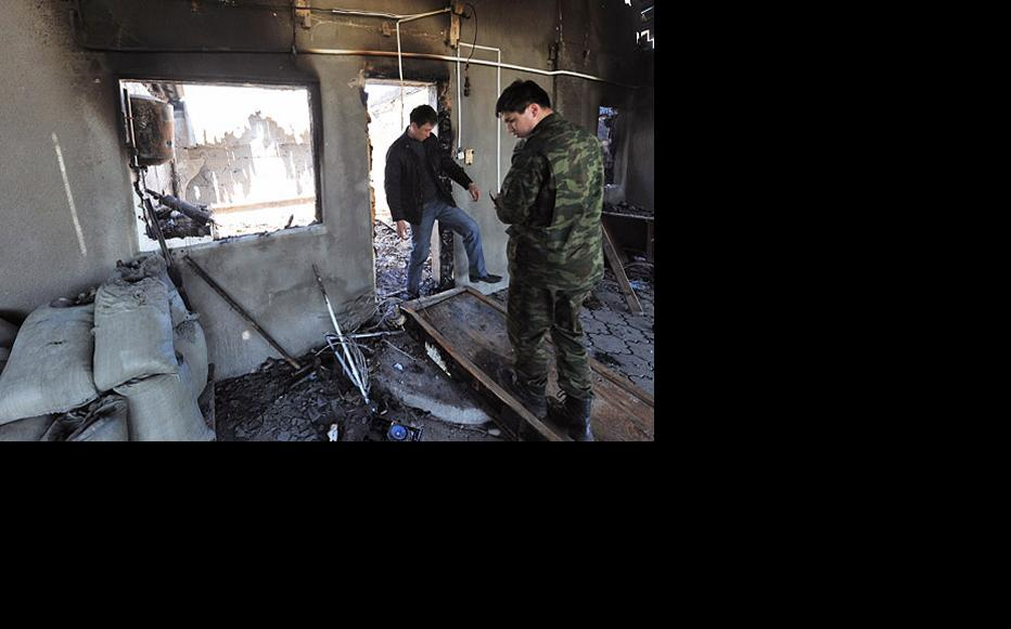 Homes in Mayevka were gutted by fire during the violence. Photo by Asyl Osmonalieva.