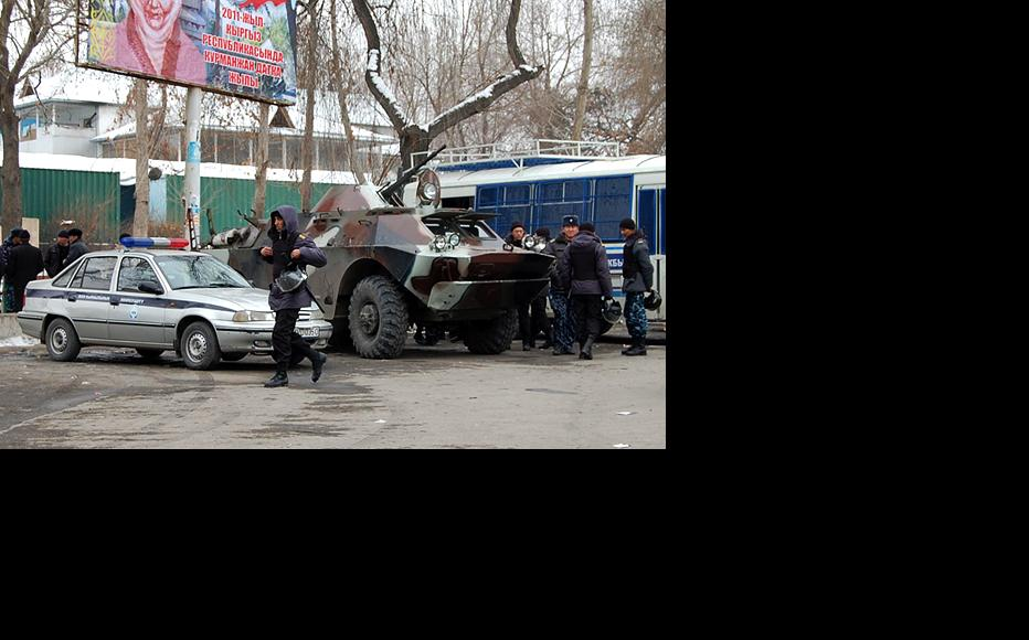 Security units were out in force following disturbances in Nookat, southern Kyrgyzstan. (Photo: Ernist Nourmatov)