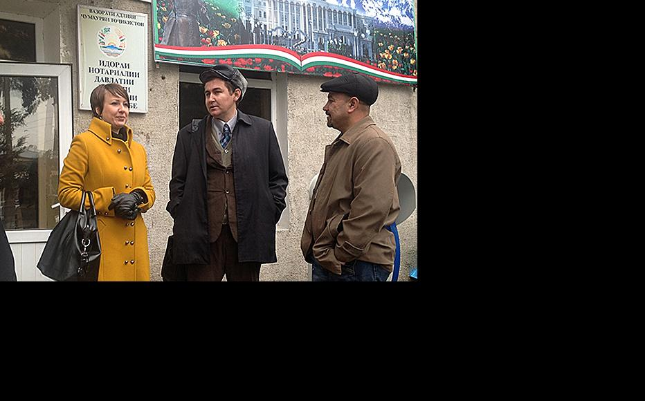 Journalist Olga Tutubalina outside the courtroom for a hearing at which she was convicted of libelling intellectuals in Tajikistan. (Photo: Nilufar Karimova)