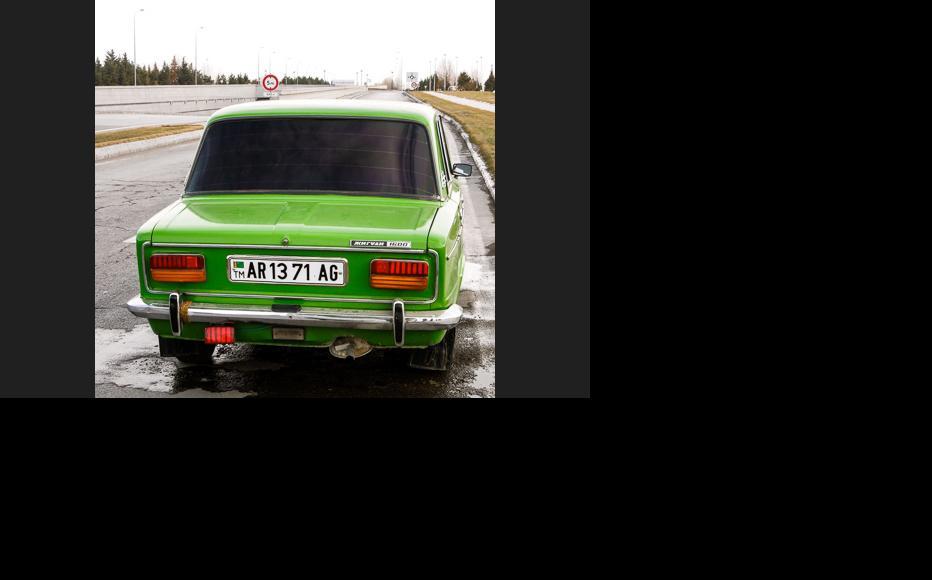 A budget Zhiguli car manufactured by AvtoVAZ. (Photo: Helen Stevenson)