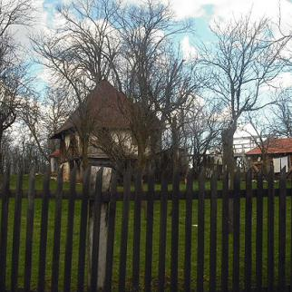 Traditional old Bosnian house in Baljvine. (Photo: IWPR)
