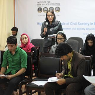 Afghan participants at a September 3 video conference with fellow-peacebuilders from the Philippines. (Photo: IWPR)
