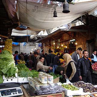 A market in downtown Amman. (Photo: Hubert Stoffels/Flickr)