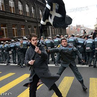 Demonstrations against President Putin's visit to Armenia, December 2, 2013. (Photo: Photolure agency)