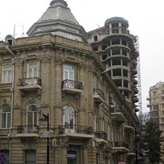 Azerbaijan's central bank says it will reform mortgage lending to make housing more affordable. (Photo: Maharram Zeynalov)