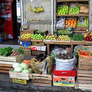 A grocer's shop in Baku. (Photo: Maharram Zeynalov)