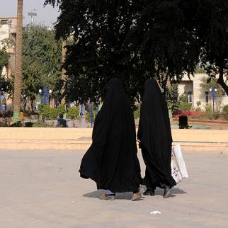 The conflict in Iraq created tens of thousands of widows, some of whom accept polygamous marriages as an answer to their problems. (Photo: Metrography)