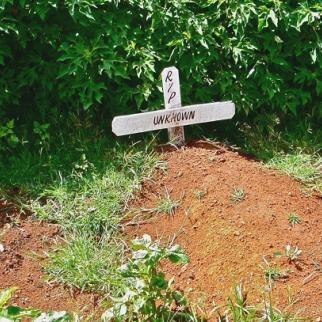 The grave of an unknown person at the Kiambaa Church in Eldoret, Rift Valley. Up to 50 people died inside the church in January 2008 during post-election violence. (Photo: Jose Miguel Calatayud/Flickr)