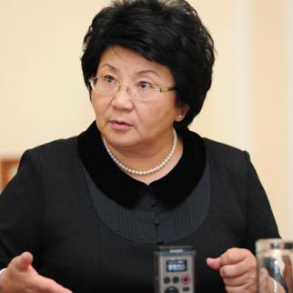 Президент Кыргызской Республики Роза Отунбаева. (Фото: Султан Досалиев, Пресс-служба Президента КР)
