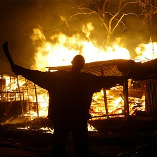Post-election violence in Kenya, December 2007. (Photo: The Star newspaper, Nairobi)