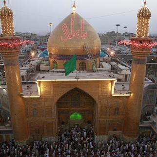 The Imam Ali holy shrine in Najaf. (Photo: Qasim al-Kaabi)
