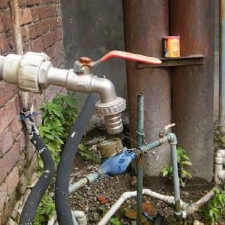 Poti's water distribution network is falling apart at the seams. (Photo: Lasha Zarginava)
